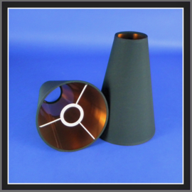 nr. 547 black polycotton geplakt op roodkoper pvc. ( kl 2 ).