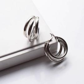 Zilverkleurige triple hoops
