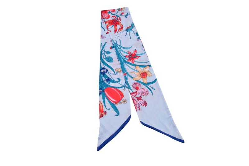 Sjaaltje | lang & smal | zijden | 160*16CM | Licht blauw Bloemen