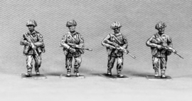 British Infantry Advancing (BAOR6)