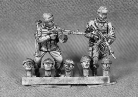 Russian Heads with Soft-Hats (RUS11)