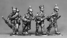 German Riflemen Advancing (GER06)