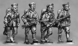 German Riflemen Advancing (GER03)