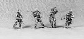 Modern Soldiers with Insurgent Heads (UN04B INSURGENT HEADS)