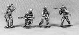 Modern Soldiers with Mich Helmets (UN02B MICH HEADS)