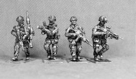 Bundeswehr Fireteam Advancing (BUNDE2)
