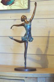 AN0678BRW-P3 - Ballerina