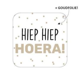 Sticker / Sluitsticker 'Hiep Hiep Hoera!' (40x40mm) 10 stuks €0,99