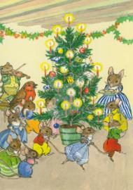 Molly Brett - Muizenfamilie spelen bij de kerstboom
