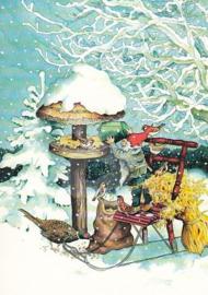 Inge Löök : Kabouter voert vogels in de sneeuw  - NR 222