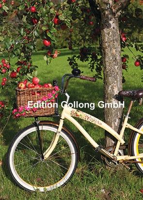 Martina Carmosina - Fiets onder de appelboom