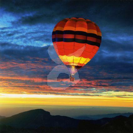 Getty Images - Luchtballon in de avond