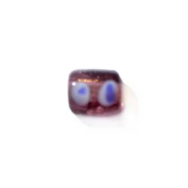 Paarse glaskraal met witte en blauwe stippen