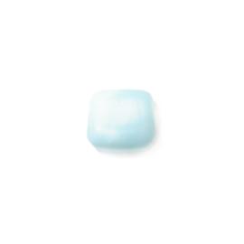 Platte, matte lichtblauwe glaskraal