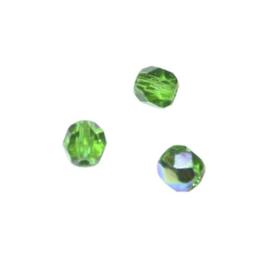 Smaragd glazen facetkraal 6 mm
