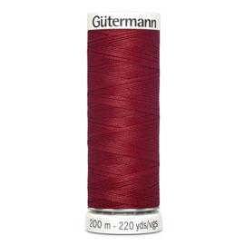 Nr 046 Rood Gutermann alles naaigaren 200 m