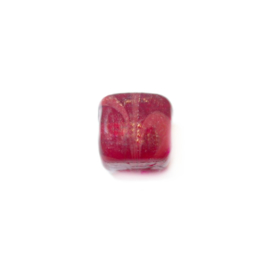 Red, square glassbead with drawing