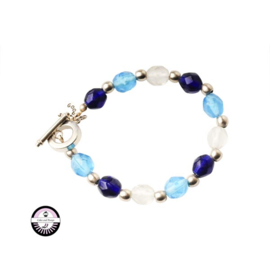 Armband met transparante, lichtblauwe en donkerblauwe glaskralen