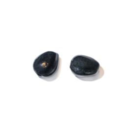 Zwart, kegelvormige glaskraaltje
