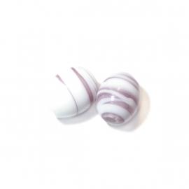 Wit met lilakleurige glaskraal