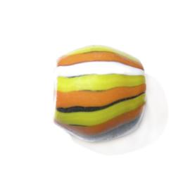 Gele met oranje en witte glaskraal
