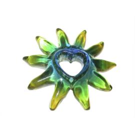 Groene zon van Acryl met hart in het midden