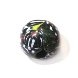 Grote, zwarte, ronde kraal