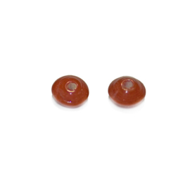 Discusform red glass bead