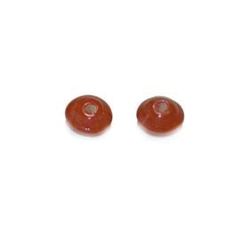 Schotelvormige rood glaskraaltje