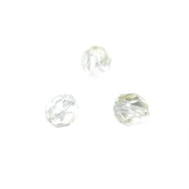 Transparante glazen facetkraal met heel licht gele gloed 6 mm