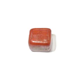 Oranje vierkante glaskraal met glans