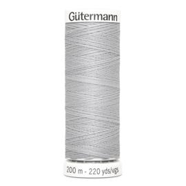 Nr 038 Lichtgrijs Gutermann alles naaigaren 200 m