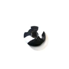 Zwart met witte glaskraal in de vorm van een discus