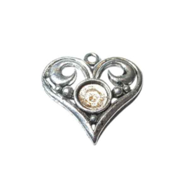 Metal heart, suitable for a Rhinestone of 7 mm.