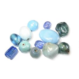 Blauwe glaskralen mix; verschillende afmetingen