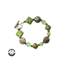 Armband met groene glaskralen