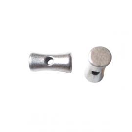 Metalen, zilverkleurige kraal in tonnetjes vorm