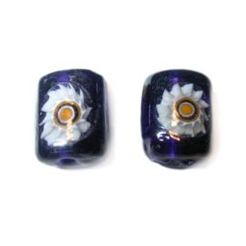 Blauwe glaskraal met wit/geel/zwarte tekening