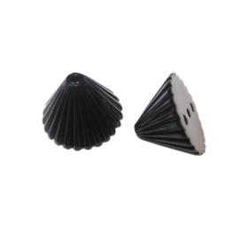 Zwarte polyester piramide kraal