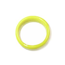 Gele ring van glas
