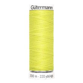 Nr 334 Lichtgroen Gutermann alles naaigaren 200 m
