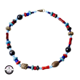Necklace with turquois, red and blue glassbeads