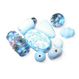 Turquoise glaskralen mix; verschillende afmetingen