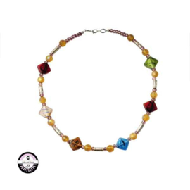 Necklace with green, red, blue, pink and lightbrown glassbeads