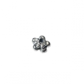 Metal bead with dots