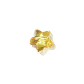 Gele, stervormige kraal van kunststof