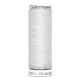 Nr 008 Lichtgrijs Gutermann alles naaigaren 200 m