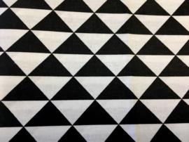 Stof -  Zwart / wit driehoek groot
