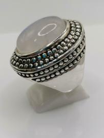 Echt zilveren zware ring met maansteen. Maat 20