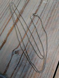 Bolletjes collier, 2 mm breed, 80 cm